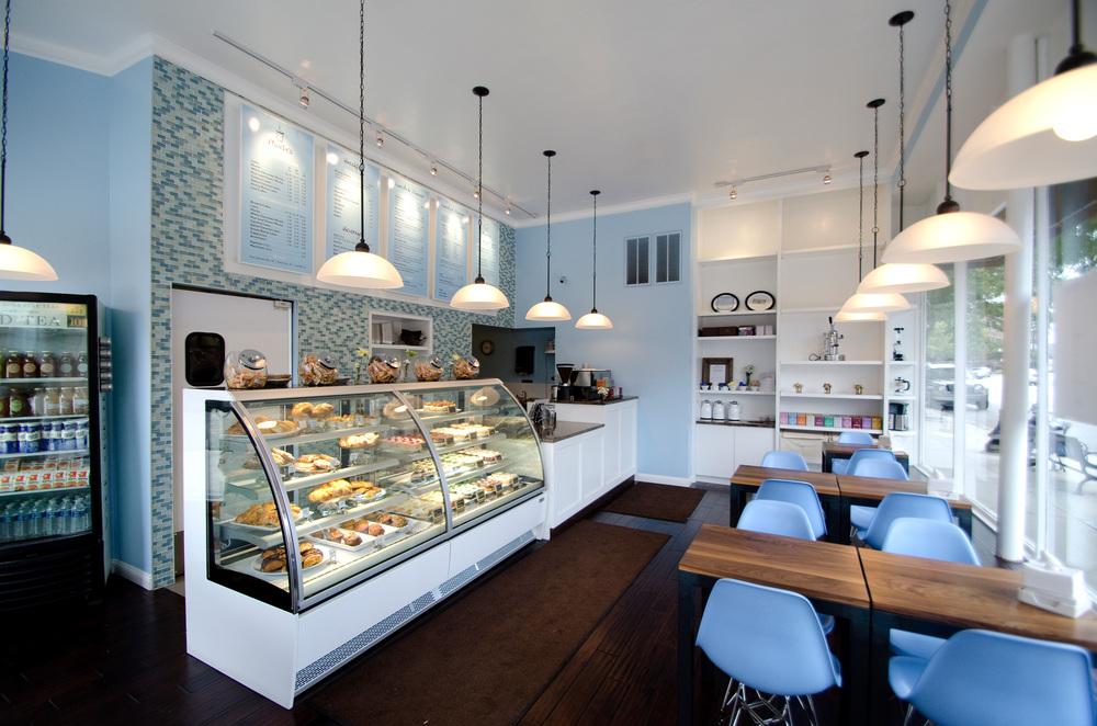 desain-interior-toko-kue-cake-shop_5