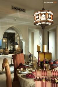 desain interior ruang makan bergaya maroko