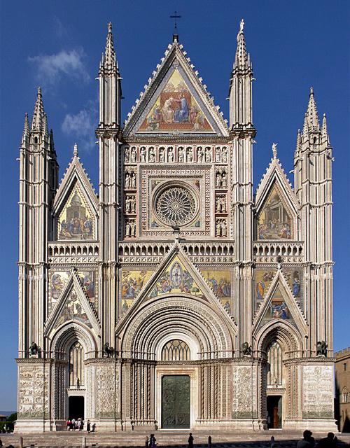 Karakteristik Arsitektur Italia pada Abad Renaisans | PT ...