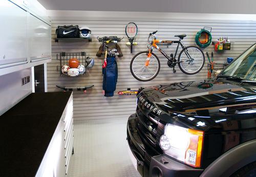 Membersihkan dan merapikan garasi pt architectaria