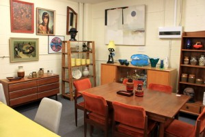 furniture bergaya retro