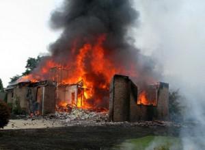 kebakaran pada rumah