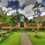 Desain Taman ala Bali – Hadirkan Nuansa Tradisional Bali di rumah Anda