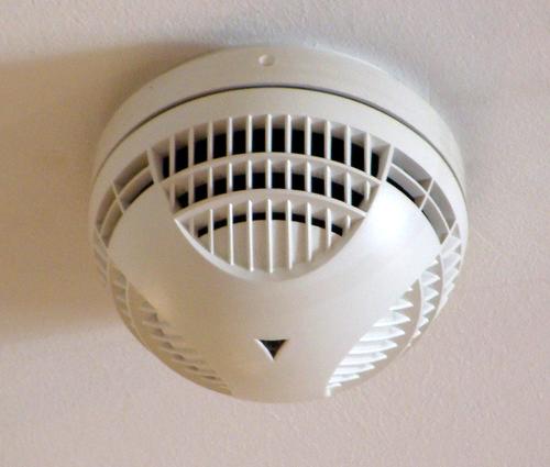 Mengenal Lebih Dekat Tentang Smoke Detector Pt Architectaria