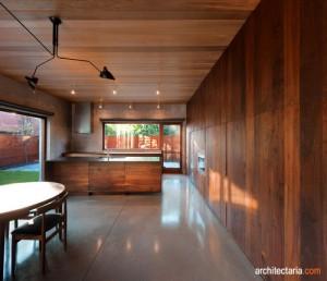 desain interior dapur dan ruang makan dengan cladding kayu