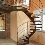 Ingin Membangun Tangga Spiral di Rumah? Perhatikan Tips Berikut ini Terlebih Dahulu!
