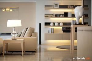 desain interior ruang keluarga yang dramatis
