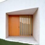 Mendekorasi dan Mempercantik Tampilan Pintu Utama