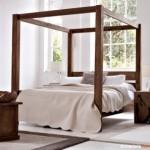 Desain Tempat Tidur Unik: Poster Bed, Tempat Tidur dengan Tiang di Masing-Masing Sudutnya