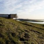 Review Desain Árborg House di Pinggiran Lembah Gletser di Islandia oleh PK Arkitektar