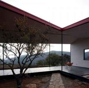 WA-House-in-Chile-by-MAPA_ss_4