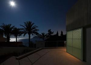 Concrete-house-by-Langarita-Navarro_17