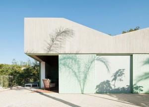 Concrete-house-by-Langarita-Navarro_8