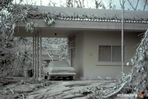 abu vulkanik pada bagian rumah_1