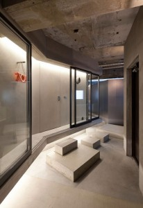 Concrete apartment_12