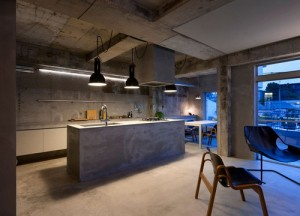 Concrete apartment_7