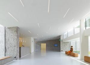 Auditorium AZ Groeninge Kortrijk by Dehullu Architecten - Dennis