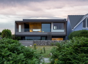 seaside_house_1