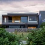 Desain Rumah Tepi Pantai Di Ujung Tebing Karya Studio Hyde + Hyde