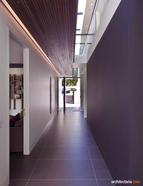 Koridor Panjang Gelap Dan Sepi Ceriakan Dengan 7 Cara