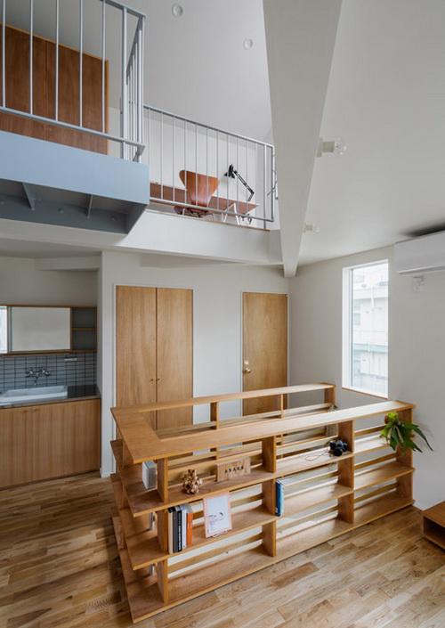 house in tourimachi rumah asimetris yang menggabungkan