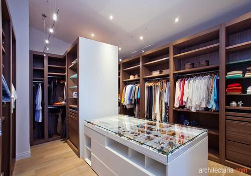 Mendekorasi ruang ganti pribadi apa saja yang perlu di - Apa itu walk in closet ...