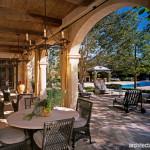 Desain Teras dan Area Outdoor ala Perancis