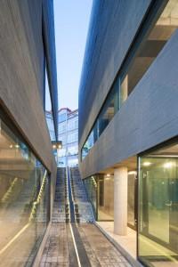 desain-gedung-concrete-concave-32