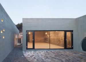 desain-gedung-concrete-concave-4