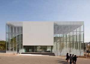 white-block-gallery-3