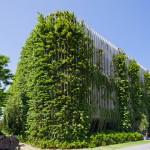 Desain Taman Gantung pada Fasad Hotel di Vietnam
