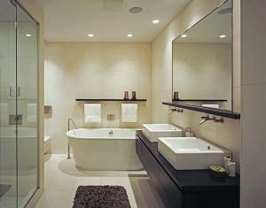 desain-interior-kamar-mandi-ukuran-kecil-1
