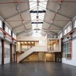 """Desain Bangunan Kayu Dengan Konsep """"rumah dalam rumah"""" Didalam Pabrik di Basel"""