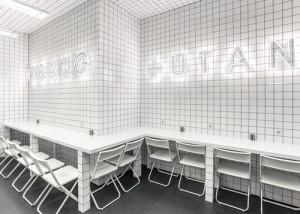 desain-interior-cafe-orang-utan-2