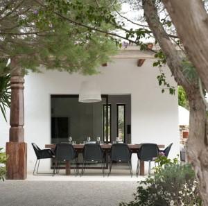 desain-rumah-modern-country-di-ibiza-10