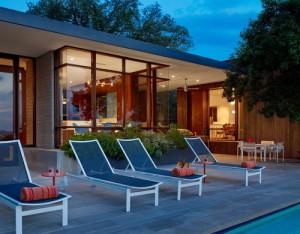 desain-rumah-modern-tropis-20