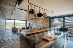 desain-arsitektur-rumah-bergaya-industrial-di-andes-10