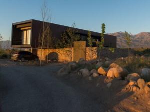 desain-arsitektur-rumah-bergaya-industrial-di-andes-1b
