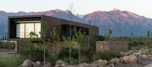 desain-arsitektur-rumah-bergaya-industrial-di-andes-3