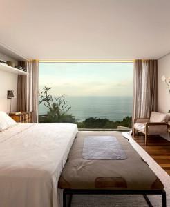 desain-rumah-tepi-laut-di-brazil-19