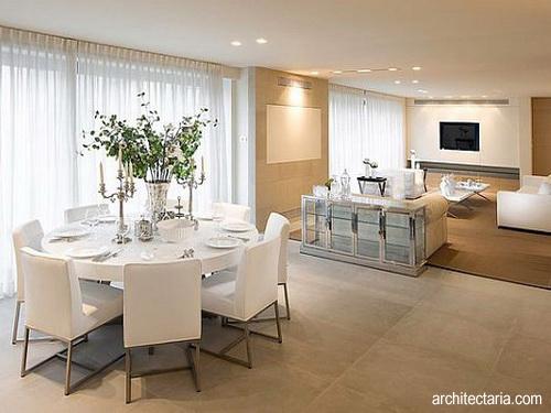 Desain Interior Ruangan Dengan Meja Bundar 1