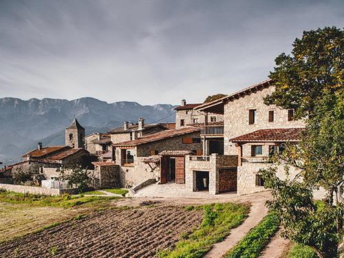 Desain Rumah Ber a Rustic Direhabilitasi Dengan Sentuhan Gaya